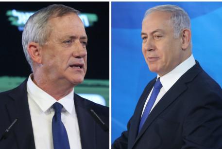 Benny Gantz (L) and Prime Minister Benjamin Netanyahu (R)