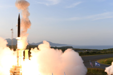 Israel, US carry out successful test of Arrow-3 missile over Alaska