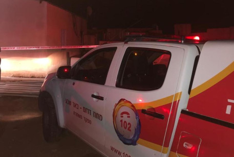 Rescue crews arrive at the house fire that took the life of a year ol baby in neighborhood 2 in Segev Shalom, a Bedouin town and a local council in the Southern District of Israel, southeast of Beersheba.