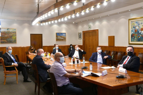 Prime Minister Benjamin Netanyahu convenes emergency meeting on July 16, 2020 to discuss the increase in coronavirus cases