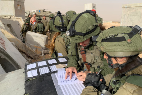 IDF soldiers are seen taking part in an exercise simulating a rescue mission behind enemy lines.