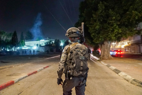 Border Police activity in the city of Lod on Tuesday night.