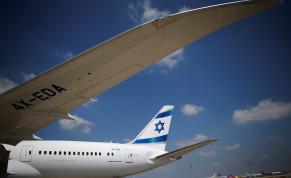 The first of Israel's El Al Airlines order of 16 Boeing 787 Dreamliner jets lands at Ben Gurion International Airport, near Tel Aviv