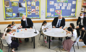 Prime Minister Benjamin Netanyahu and Education Minister Yoav Gallant visit a class at the opening of the 2020-2021 school year at the Netaim primary school in Mevo Horon on September 1