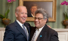 Steve Rabinowitz with Joe Biden in the White House, 2015.