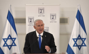 Prime Minister Benjamin Netanyahu announces that due to the coronavirus crisis, children will stay in school until July. February 28, 2021.
