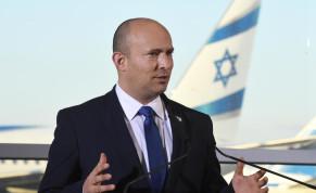 Prime Minister Naftali Bennett speaks at Ben-Gurion Airport on Coronavirus developments, June 22.