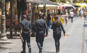 POLICE OFFICERS embark on a task to enforce the Covid-19 emergency regulations in Jerusalem, last month