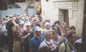 CHRISTIAN PILGRIMS at the Via Dolorosa in 2019.
