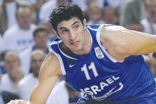 Lior Eliyahu 370 (photo credit: Estonia Basketball Association)