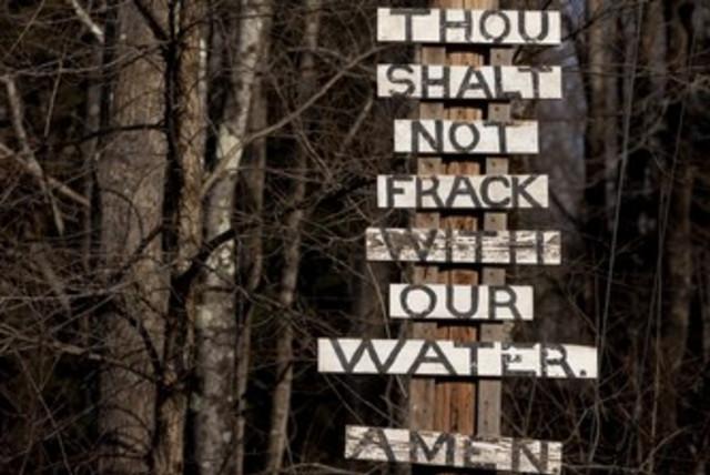 Signs protest frackign in NYC 370 (photo credit: REUTERS/Stringer)