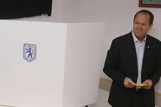 Barkat Jerusalem elections 370 (photo credit: Marc Israel Sellem)