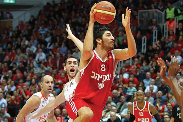 Hapoel Jerusalem forward Lior Eliyahu (photo credit: LIRON MOLDOVAN/BSL)