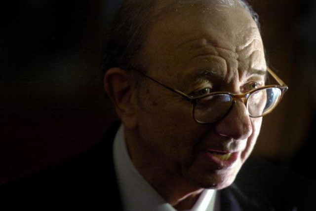 Renowned Jewish Playwright Neil Simon Passes Away At 91 The