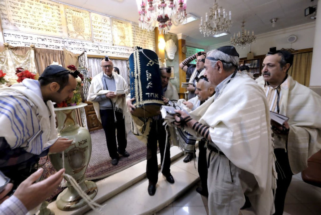 Jews in Iran freely observe their religion, communal leader says - The  Jerusalem Post