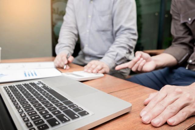 7 Benefits Of Using an Essay Writing Service - The Jerusalem Post