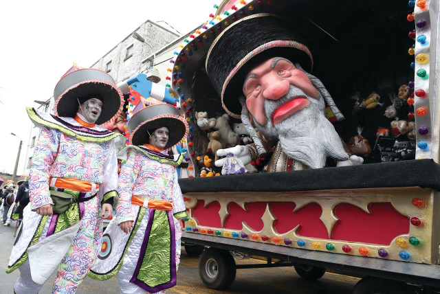 Keeping antisemitism afloat at the Aalst carnival