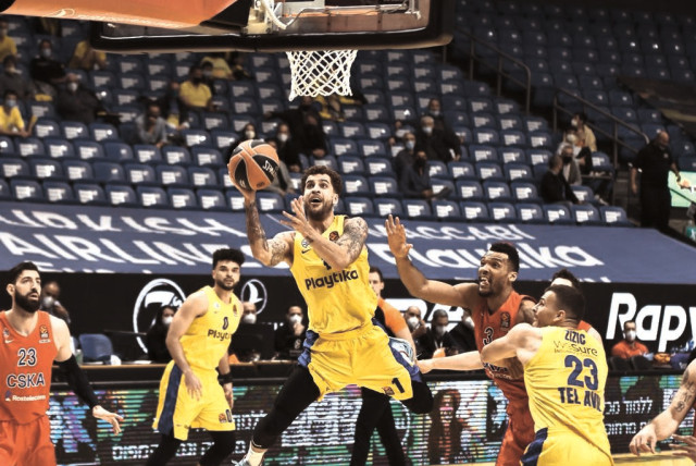 vWHILE SCOTTIE WILBEKIN (center) and Maccabi Tel Aviv provided some Euroleague highlights this season, the overall results fell well short of expectations.  (photo credit: DOV HALICKMAN PHOTOGRAPHY)