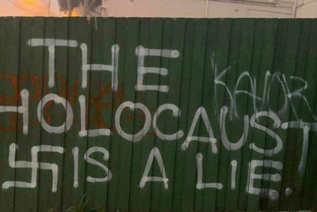 Antisemitic graffiti on an Australian Jewish cafe