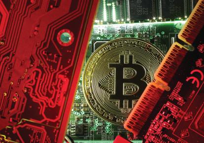 le bitcoin, une nouvelle monnaie virtuelle (photo credit: DADO RUVIC/REUTERS)