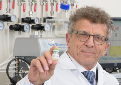 Pluristen chairman and co-CEO Zami Aberman holds a vial of specialized stem cells the company calls 'the next generation of biological therapeutic products (photo credit: COURTESY PLURISTEM)