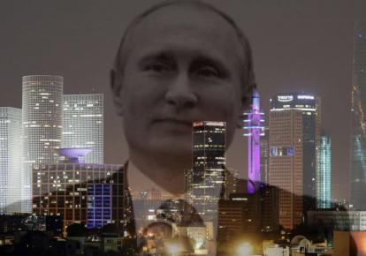 Vladimir Putin and a cityscape of Tel Aviv (photo credit: AMIR COHEN/REUTERS)