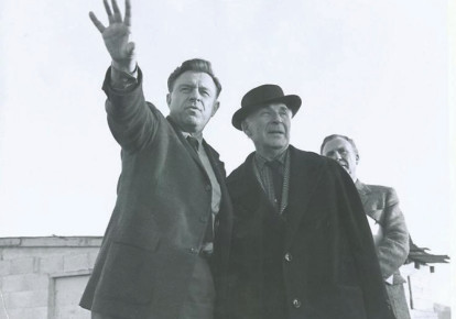 Mayor Teddy Kollek and Marc Chagall at the Israel Museum in 1969 (photo credit: THE ISRAEL MUSEUM)