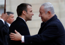 French President Emmanuel Macron welcomes Israel Prime Minister Benjamin Netanyahu at the Elysee Pal