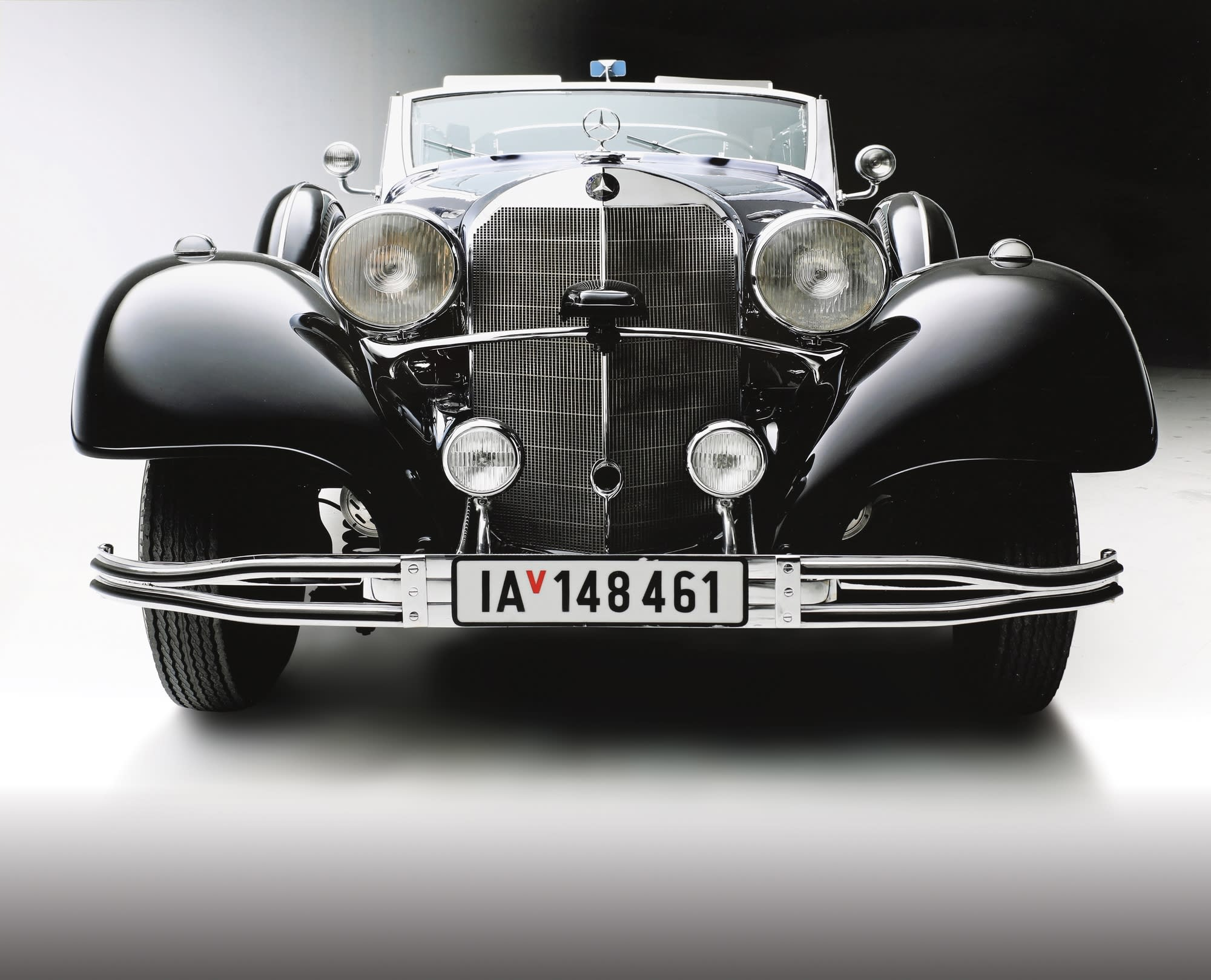 A luxury Mercedes-Benz used by Hitler is to be sold at auction in January 2018 (photo credit: WORLDWIDE AUCTIONEERS)