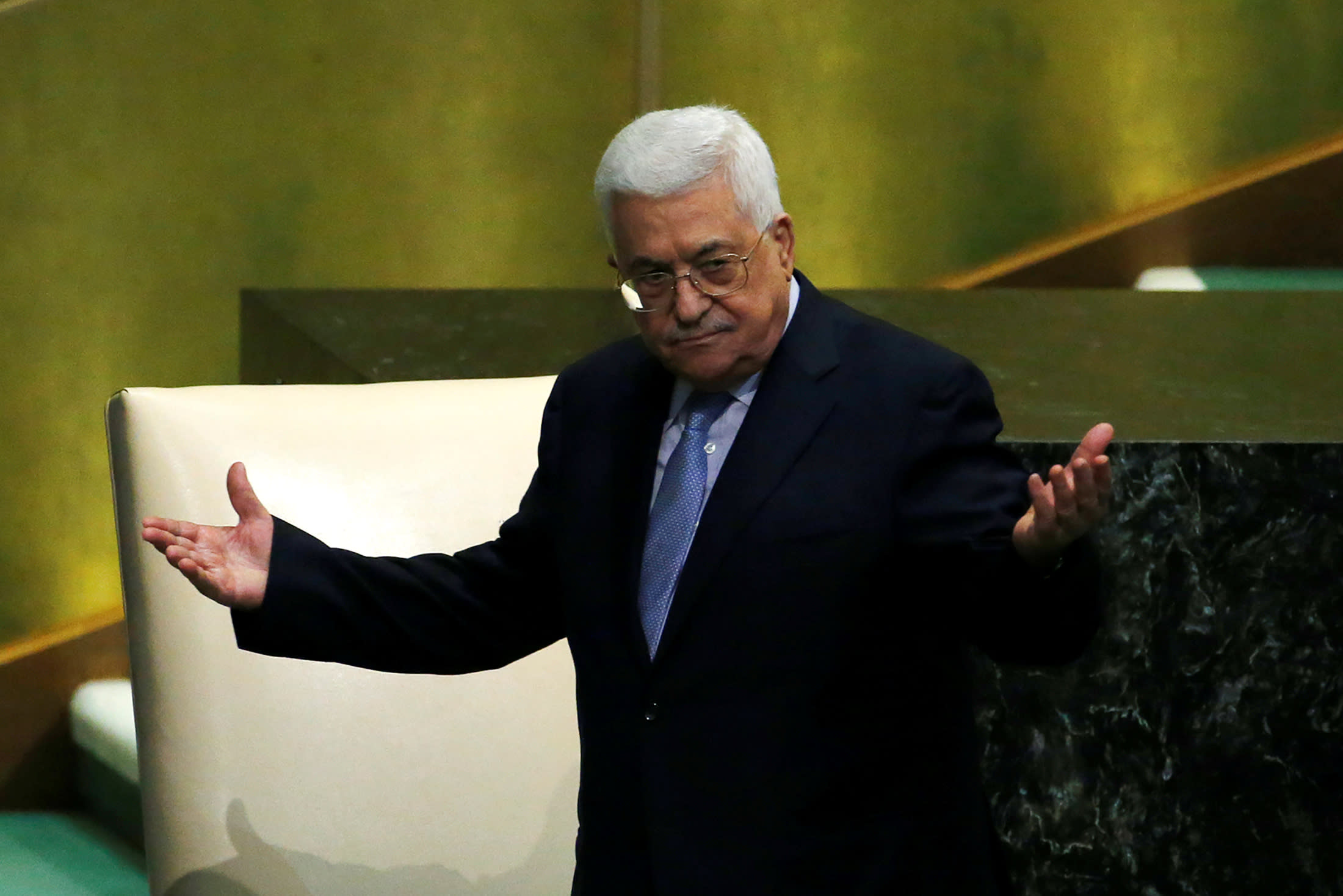 Palestinian President Mahmoud Abbas greets delegates after addressing the 72nd United Nations General Assembly at U.N. headquarters in New York, US, September 20, 2017. (Reuters)
