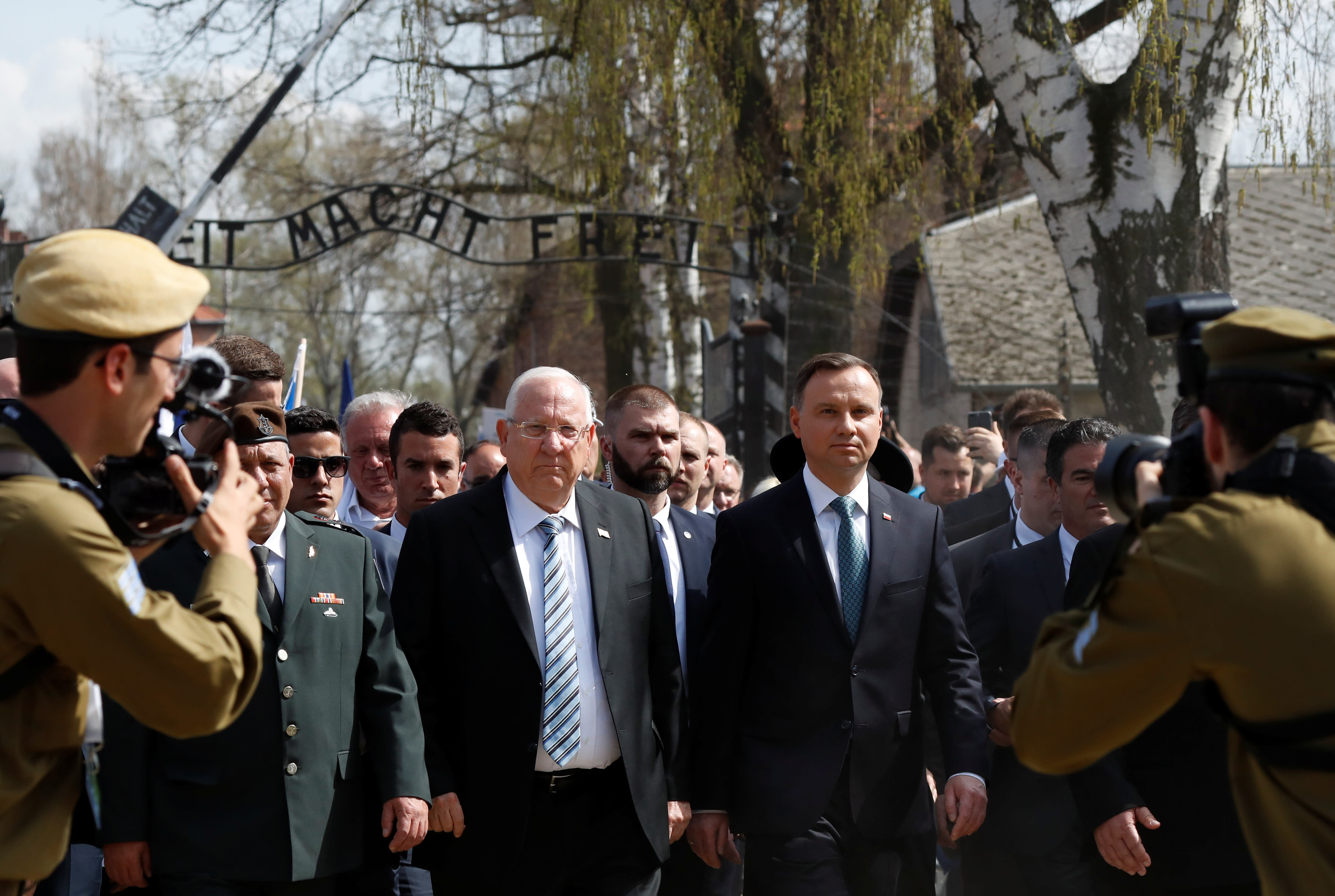 Israeli President Reuven Rivlin and Polish President Andrzej Duda are seen at the Entrance to Auschwitz as they take part in the annual March of the Living (KACPER PEMPEL/REUTERS)