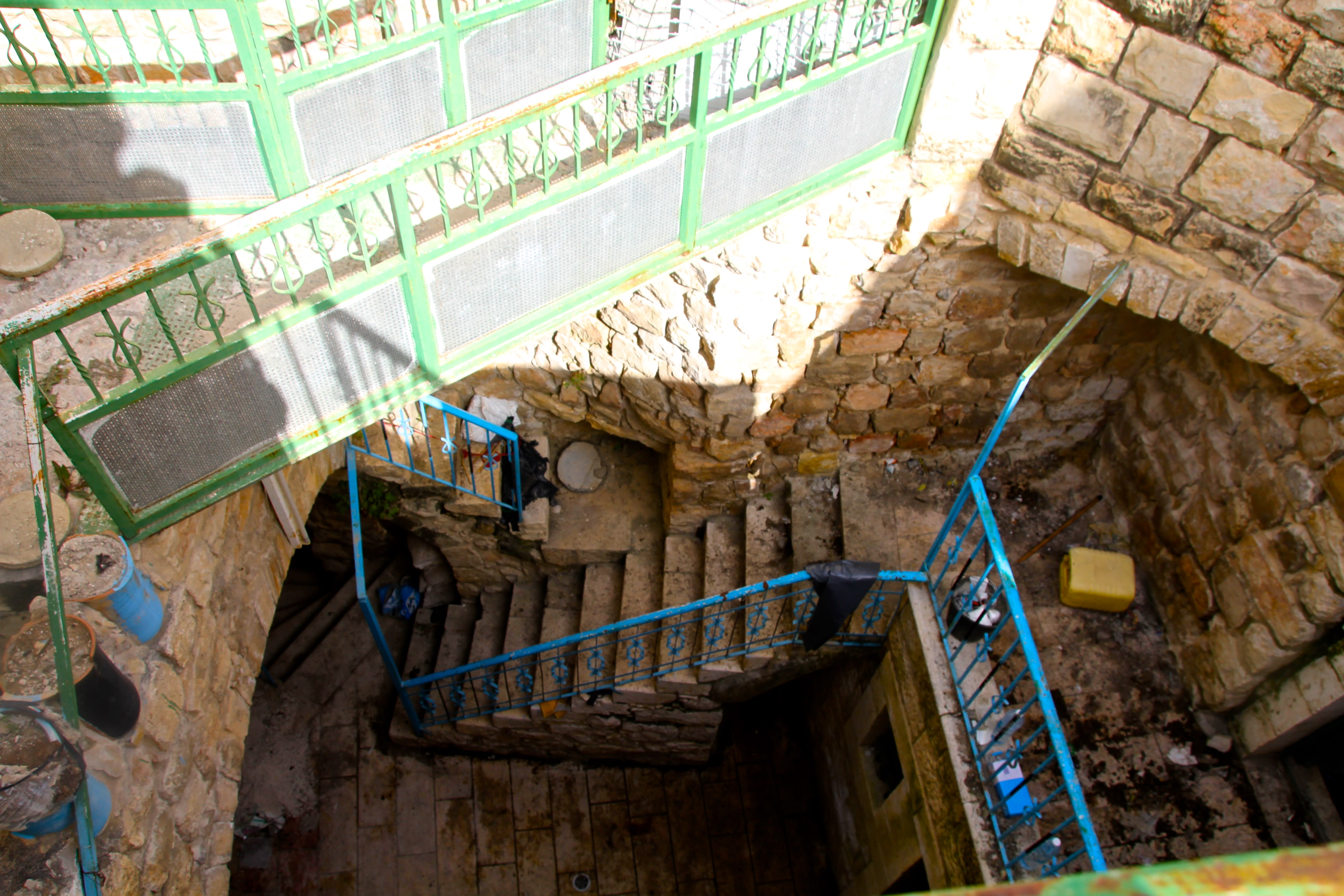 Inside view of the Beit Leah building, Hebron (Tovah Lazaroff)