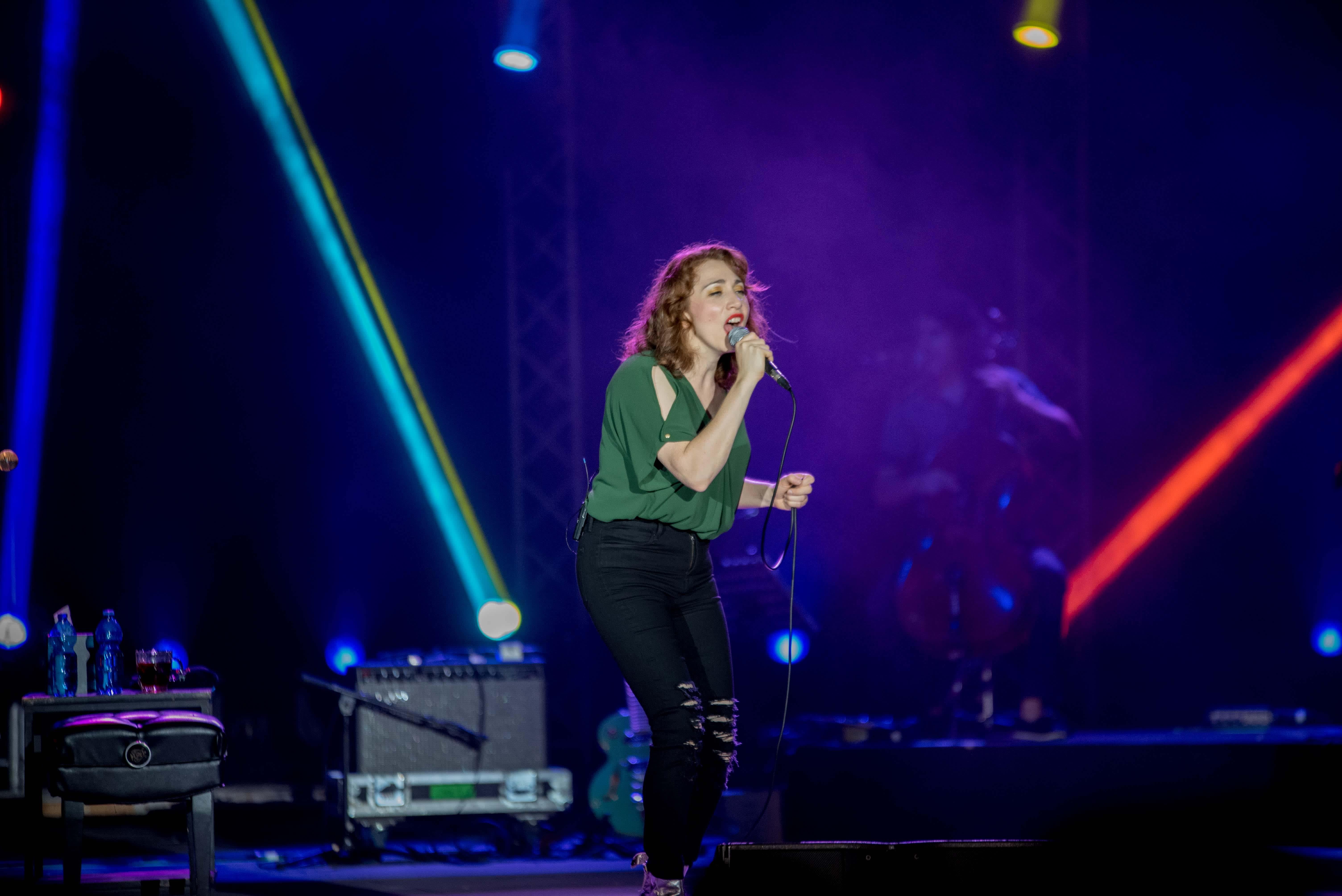 Regina Spektor performs at her concert in Ra'anana Amphi-Park (LIOR KETER)