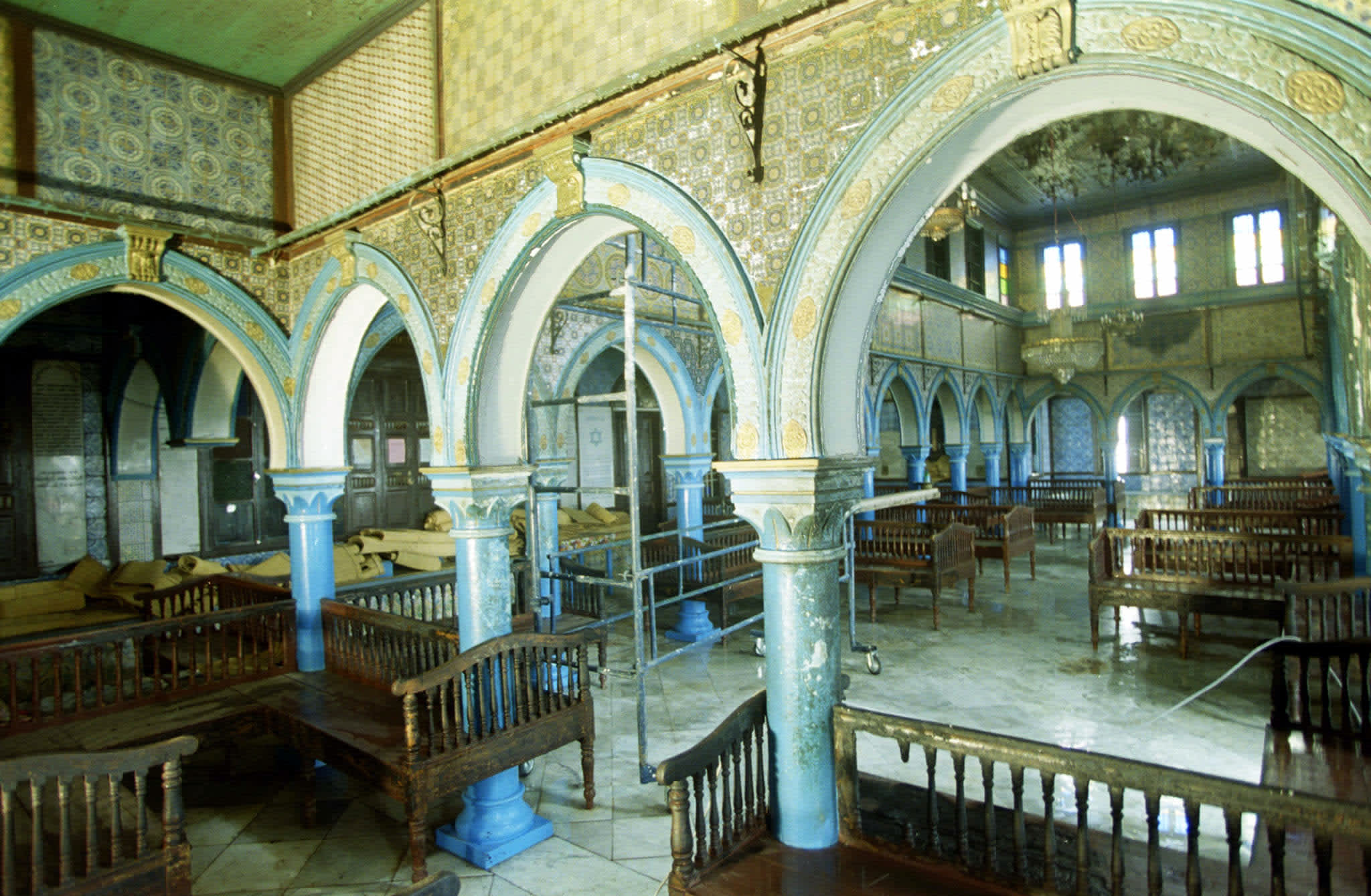 General view from the the Great Room of El Ghriba synagogue in Tunisia (MOHAMED HAMMI / REUTERS)