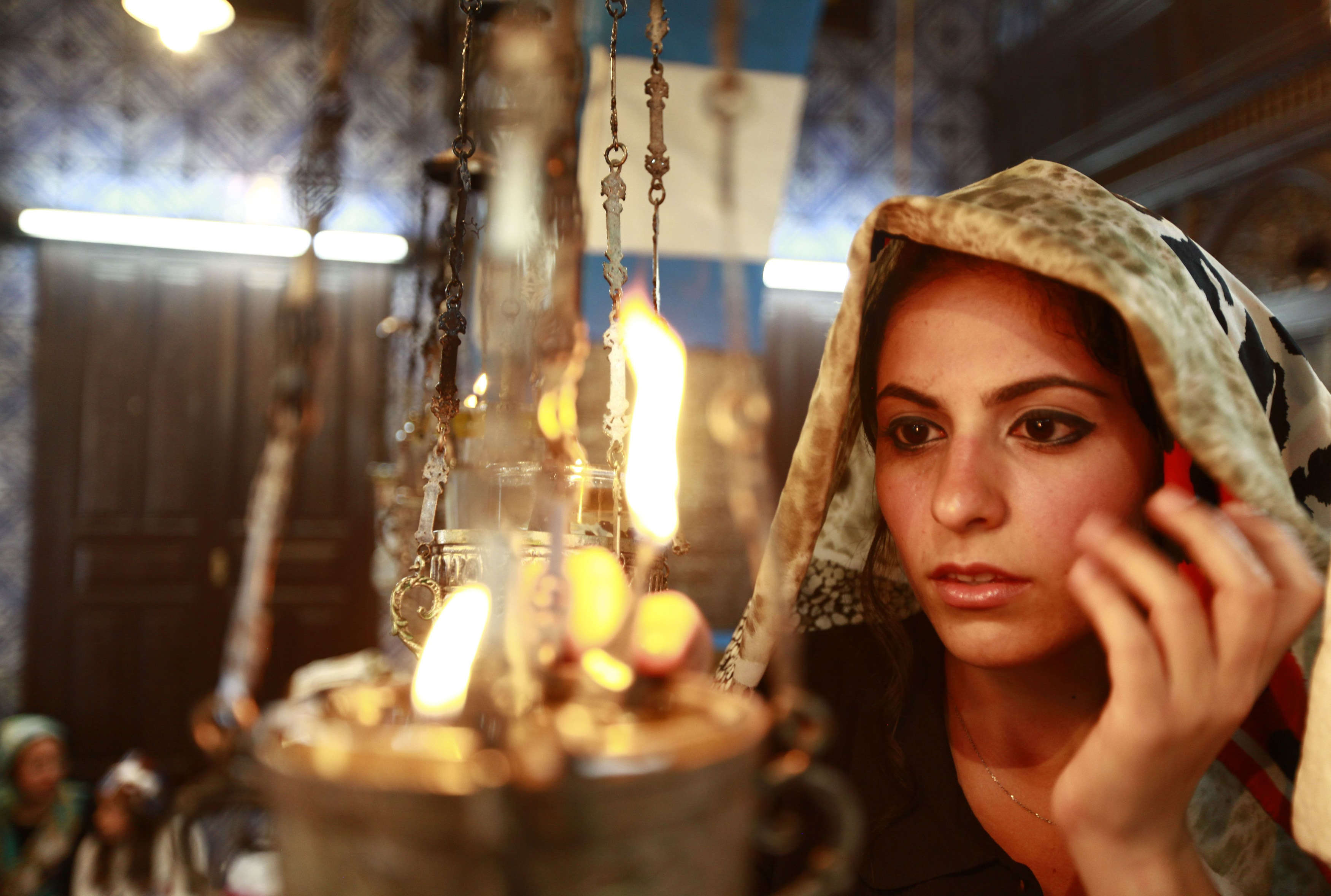A Jewish worshipper prays during a pilgrimage to the El Ghriba synagogue in Djerba (ANIS MILI / REUTERS)