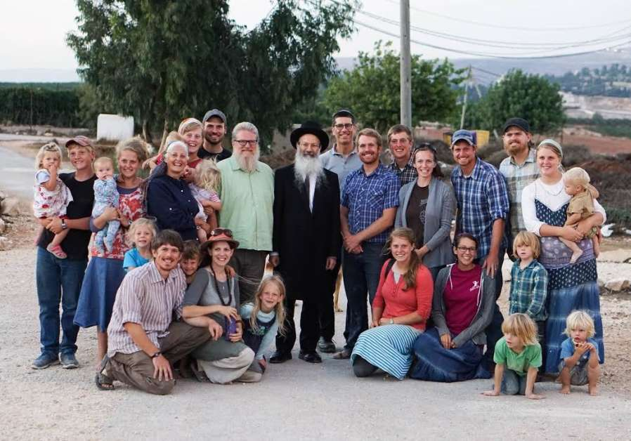 The Waller family with Rabbi Eliezer Melamed. (Credit HaYovel)