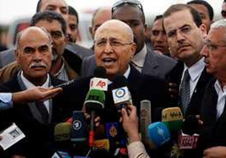 Shaath speaks to the media in Beit Hanun, near the