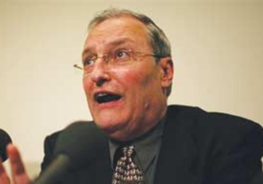 Dr. Ephraim Zuroff