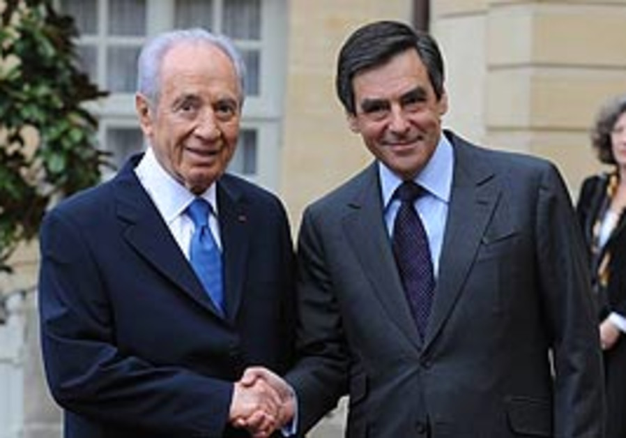 Peres and Fillon