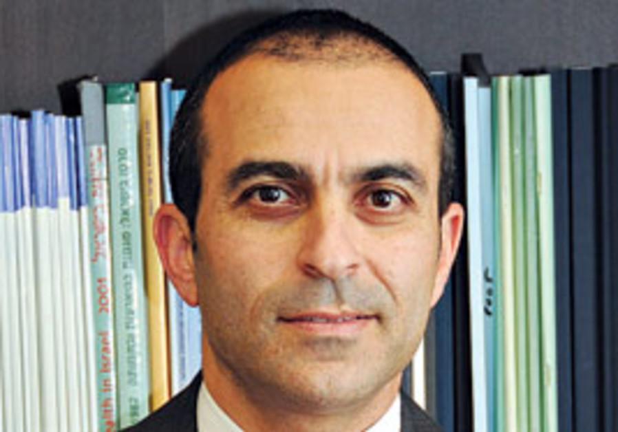 Dr. Ronni Gamzu