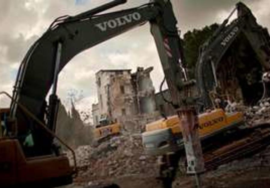 Demolition of Shepherd Hotel in e. J'lem