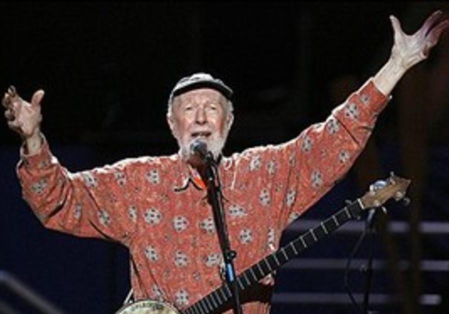 American folk singer Pete Seeger in 2009