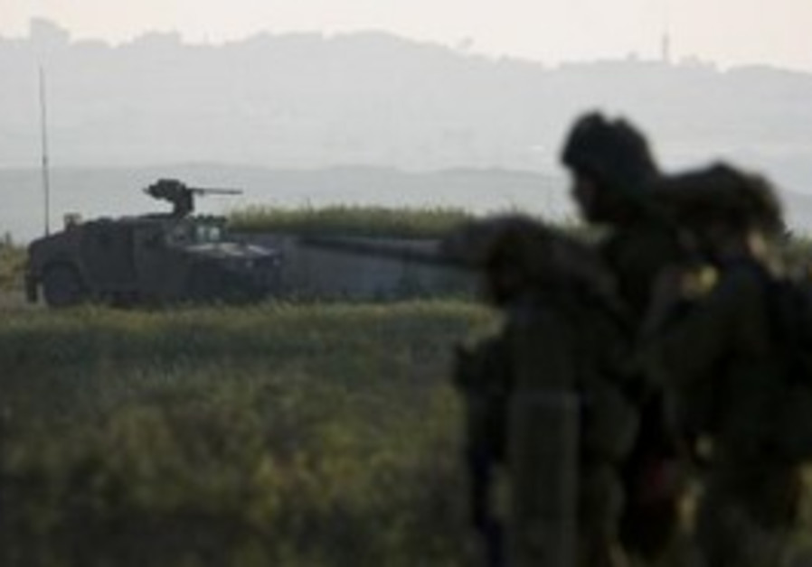 IDF soldiers near the Gaza border