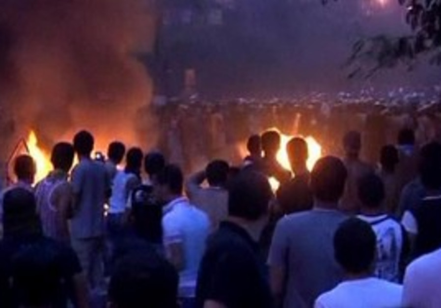 Clashes at Cairo's Tahrir Square