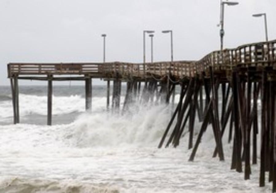 US urges citizens to prepare for Hurricane Irene