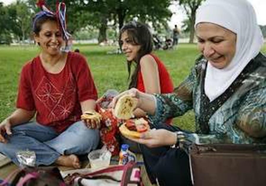 Muslim Americans celebrate 4th of July [file]