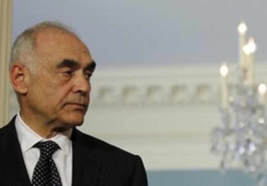 Egyptian FM Mohamed Amr