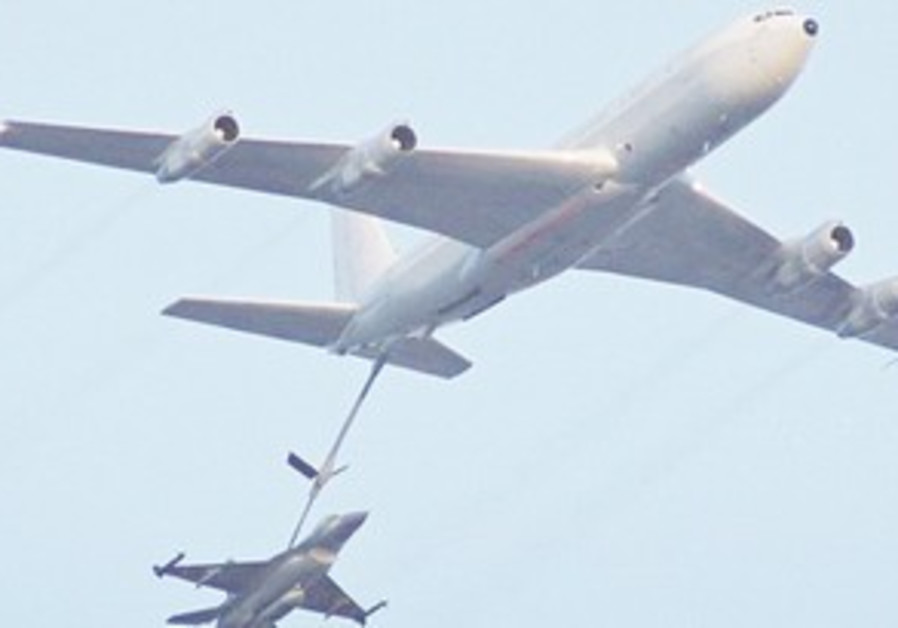 Mission to bomb Iran would likely re-fuel in air