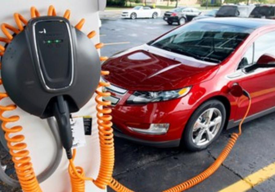 A 2012 Chevrolet Volt electric vehicle [file]