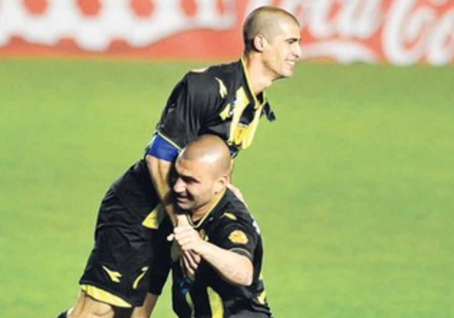 Eran Levy celebrates with Amit Ben-Shusha